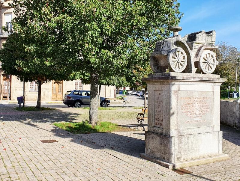 Monumento O Coche de Pedra