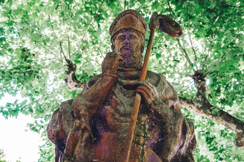 Estatua Arzobispo Diego Gelmírez