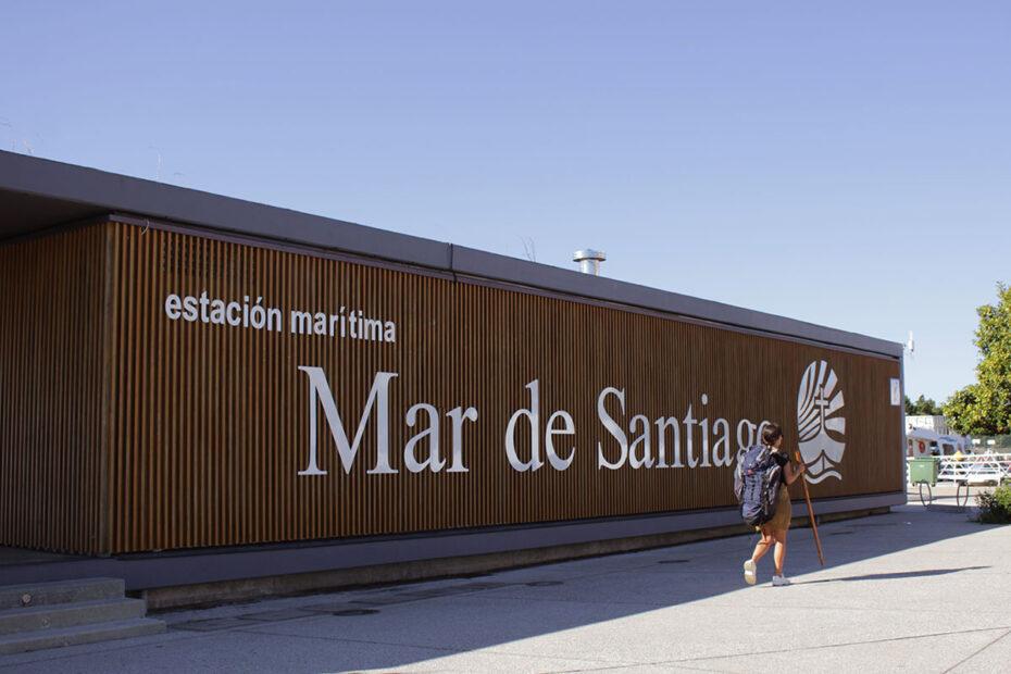 Puente de octubre en el Mar de Santiago